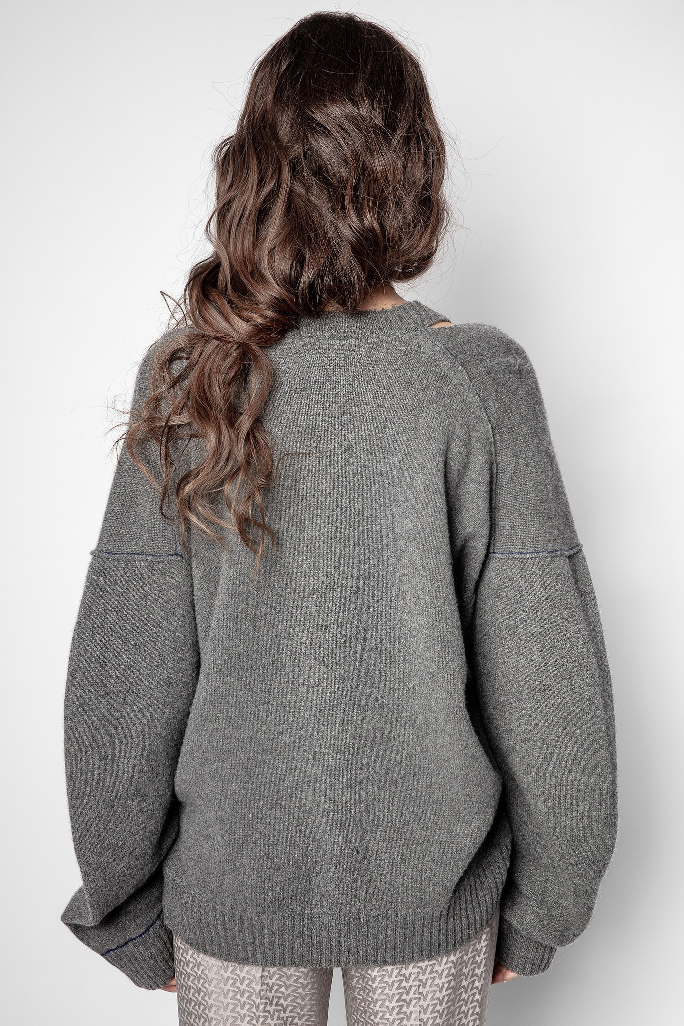 Stoned pullover