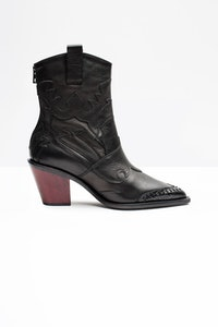 Cara Plus Boots