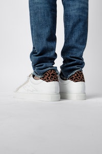 ZV1747 Flocked Suede Sneakers