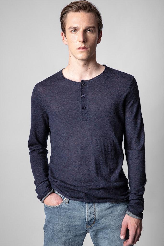Veiss Sweater