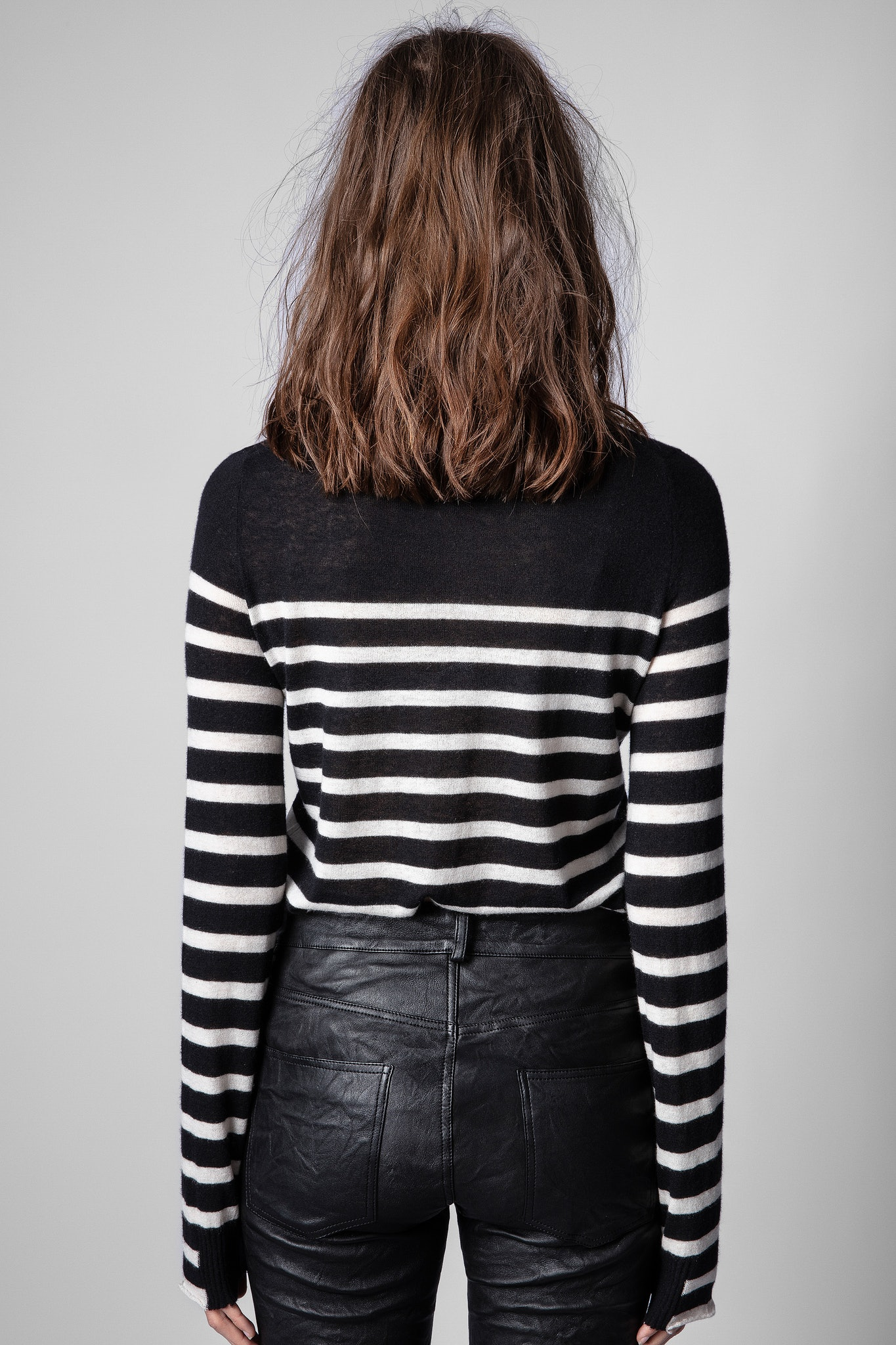 Pullover Source